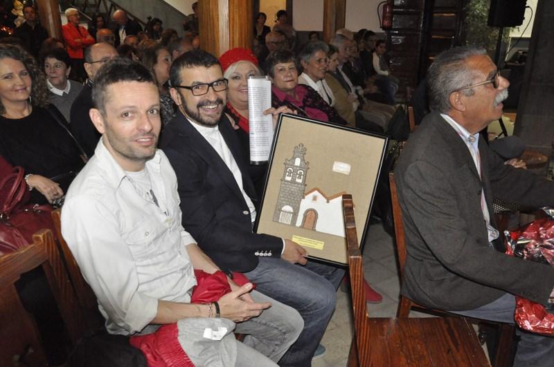 Momento del acto de entrega del premio. (Foto de Federico Rodríguez Pérez).